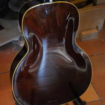 Leone-parlor-hollow-body-yohann-koch-luthier-guitar-5