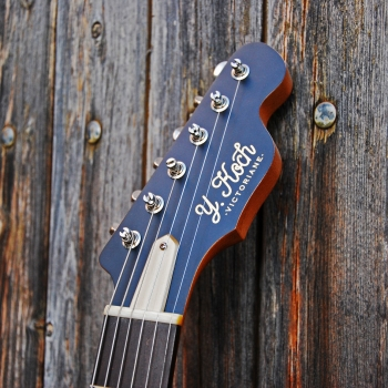 Yohann-Koch-Luthier-Guitare-Vintage-Offset-Jazz-Master-Victoriane-3