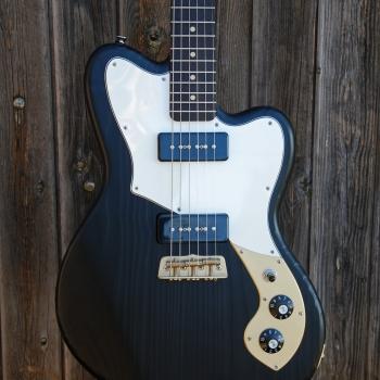 Yohann-Koch-Luthier-Guitare-Vintage-Offset-Jazz-Master-Victoriane-6