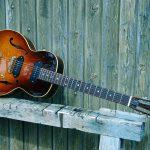 "Leone guitare y koch yohann luthier parlor hollow body guitar electric électrique small guitares demie demi caisse archtop 14"" beziers narbonne herault"
